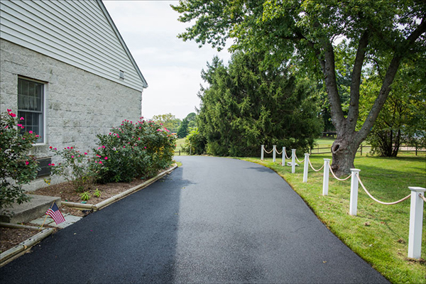 Accurate Asphalt Driveway Paving Crownsville MD